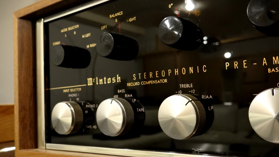 McIntosh C20 Preamp used