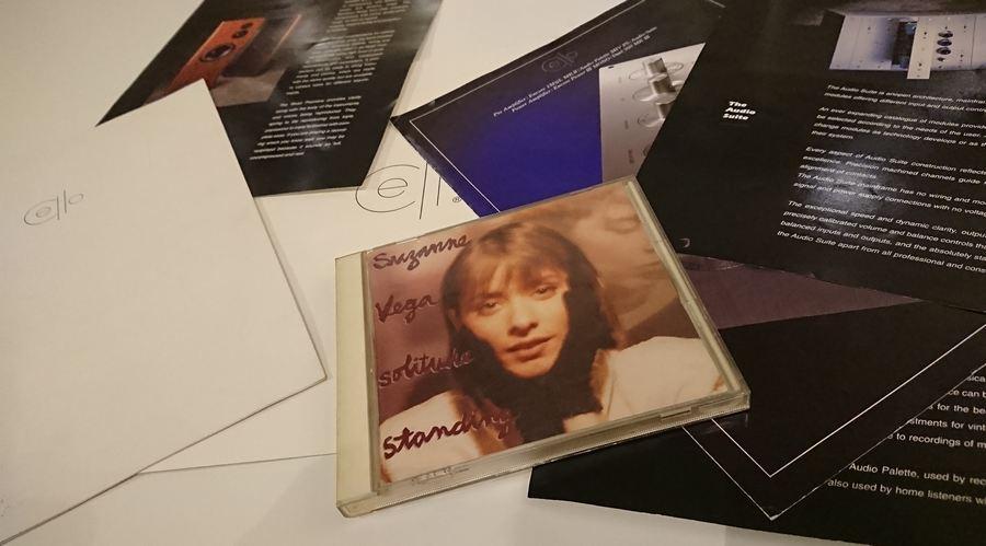Suzanne Vega / Solitude Standing / A&M