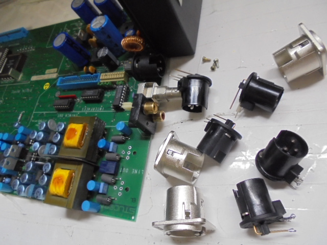 STUDER D730MK2の入出力端子の交換