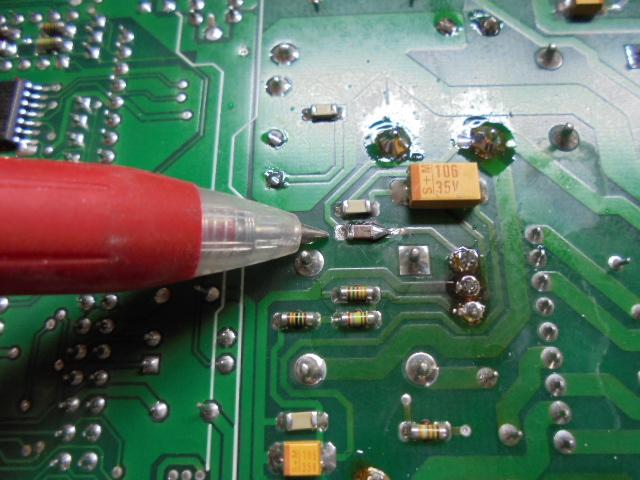 STUDER D730MK2|メインPCB基板底面のICチップパーツの規格を調べ、取り寄せ新品に交換。