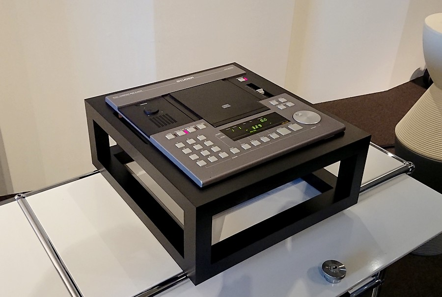STUDER D730 flat-stand NEW
