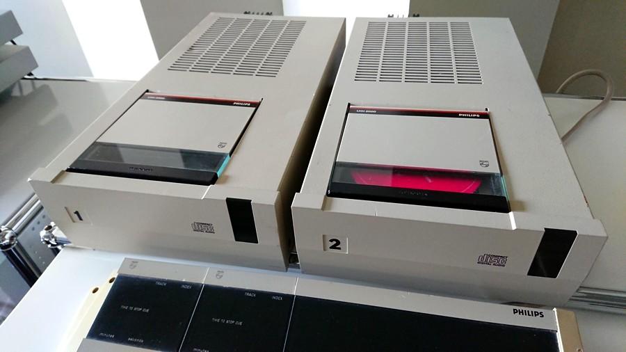 PHILIPS LHH2000 プロ用CDプレーヤー