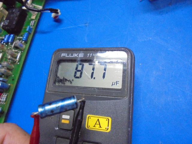 STUDER_A730(遠藤様分)アナログ部の電解コンデンサーの容量測定_かなりの劣化があり