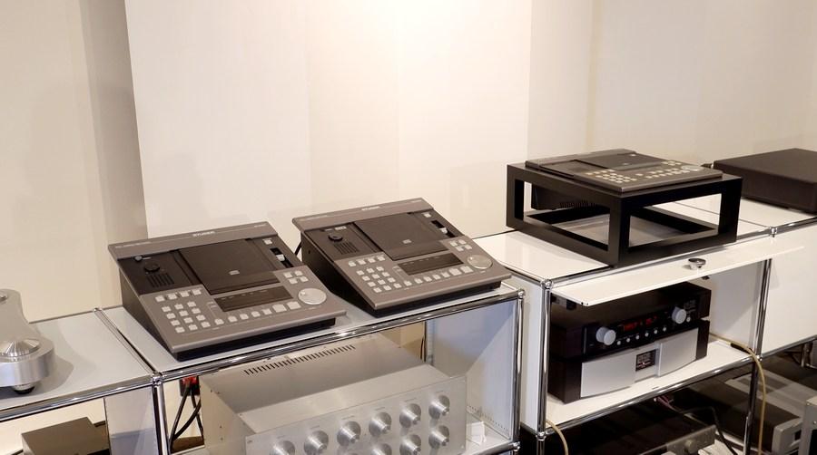 スチューダーA730業務用CDプレーヤー